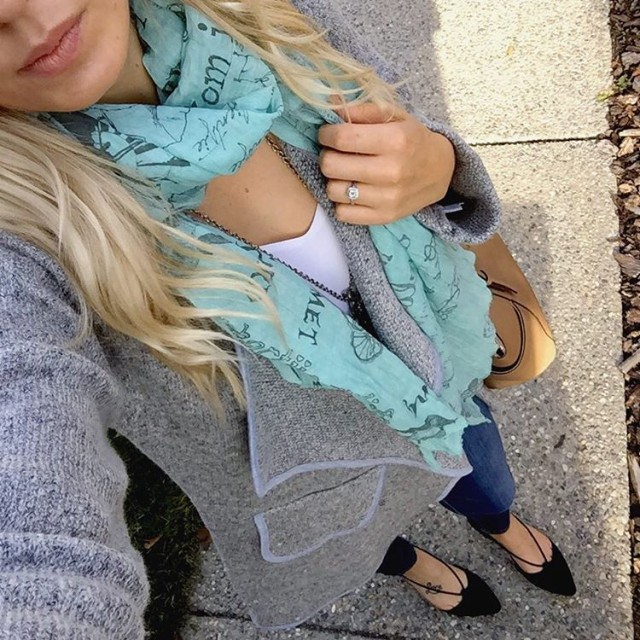 Loving this grey throw jacket! Perfectly cozy for November weatherhellip
