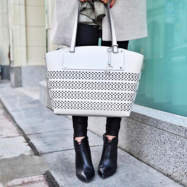 Absolutely loving this ninewestcanada purse of mine right now! itshellip